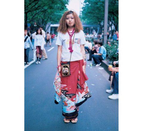 170417132507-tokyo-street-style-photographs-2-exlarge-169